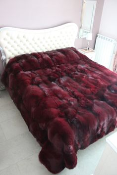 *Dyed Red Fox Fur Blanket* Fake fur is preferable, of course - Una R.
