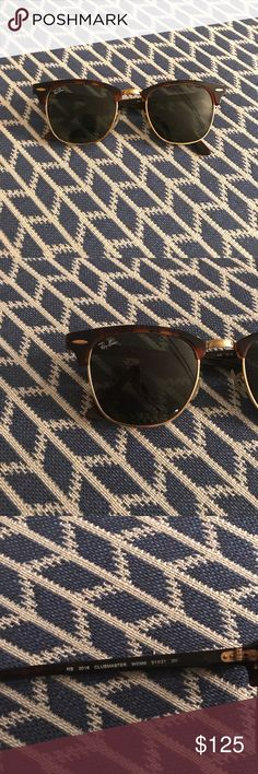 ClubMaster RayBans Super cute! In good condition! Ray-Ban Accessories Sunglasses