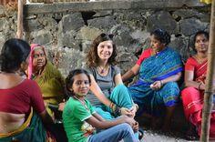 Slumdog Millionaire filminin çekildiği mahallede, Mumbai'nin varoşlarında, sokak aralarında hayatlarına bir parça karışmaya çalışmak.