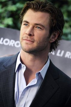 Chris Hemsworth attends a photocall for 'Rush' at Hotel de Russie on September 14, 2013 in Rome, Italy
