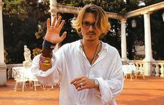 Check out production photos, hot pictures, movie images of Johnny Depp and more from Rotten Tomatoes' celebrity gallery! Young Johnny Depp, Here's Johnny, Johnny Depp Joven, Beautiful Men, Beautiful People, Johnny Depp Pictures, Jonny Deep, Celebrity Gallery, Just Girly Things
