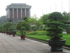 Between Rivers #Hanoi http://happyfrogtravels.com/between-rivers-hanoi-vietnam/