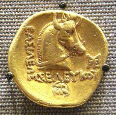 """Bucephalus Alexander the Great& horse. Bucephalus means """"Ox Head. Bucephalus Alexander the Great& horse. Bucephalus means """"Ox Head."""" He could be ridden by no one until Alexander. Alexander The Great Movie, Alexander The Great Statue, Alexandre Le Grand, Coin Art, Gold And Silver Coins, Antique Coins, World Coins, Ancient Jewelry, Rare Coins"""