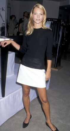 keeping it simple in black and white // kate moss #style