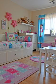 Zdjęcie nr 4 w galerii Olivkowy pokój – Deccoria. Kids Bedroom Designs, Kids Bedroom Sets, Baby Bedroom, Girls Bedroom, Kids Room, Bedroom Decor, Big Girl Bedrooms, Little Girl Rooms, Decoration