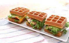 R.L WAFFLE CAFE「ワッフルサンド」 Ice Cream Business, Food Design, Bakery, Sandwiches, Creations, Cooking, Breakfast, Recipes, Gourmet