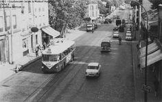Le 163, Porte de Champerret - Bezons-Grand Cerf, fut modernisé en 1957 par la mise en service des VBF. Ces véhicules représentaient le matériel le plus moderne du réseau parisien. D'un confort nettement supérieur à celui des autobus, ils resteront néanmoins marginaux sur le réseau.
