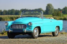 Škoda Felicia, year Colour radiant blue/green with a matching two tone interior. Inspired by the American cars of the Rock and roll period. This Felicia shows all original … Collector Cars For Sale, Felicia, Old Cars, Rock And Roll, Volkswagen, Transportation, Vehicles, Lego, Motorcycles