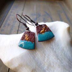 Boucles d'oreilles  -  émaux sur cuivre turquoise, ochre, cuivre