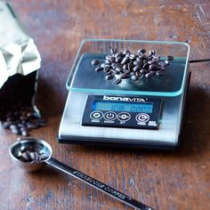 Enjoy delicious coffee in perfect measure with this sleek electronic scale.