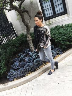 Ela Mariie Blog - grey jeans paired with scarf top and black booties