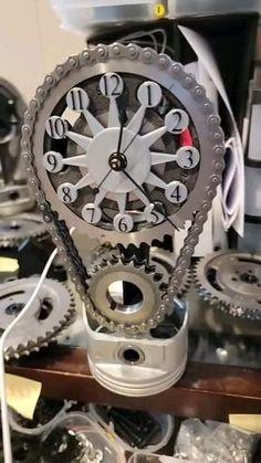 Welding Art Projects, Metal Art Projects, Metal Crafts, Garage Furniture, Steel Furniture, Wall Clock Kits, John Dunn, Industrial Clocks, Oil Barrel