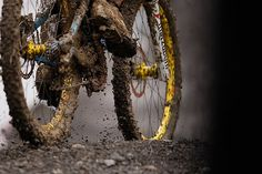 MOUNTAIN BIKING IN MUD