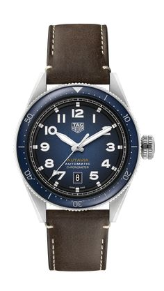 A classic pilot's watch with superb vintage style. The beautifully textured dial in gradient smoked blue is legible day and night. Inside beats the cutting-edge Calibre 5, a COSC-certified movement. Tag Heuer, Breitling Navitimer, Rolex Submariner, Best Watches For Men, Cool Watches, Men's Watches, Omega Speedmaster Moonwatch, Elegant Watches, Watch Brands