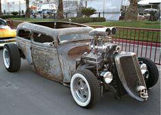 Google Image Result for http://2.bp.blogspot.com/-rWrjNnGdwtg/Tce96kxmXcI/AAAAAAAACMs/YSnmQpCBgQ8/s1600/1932-ford-rat-rod.jpg