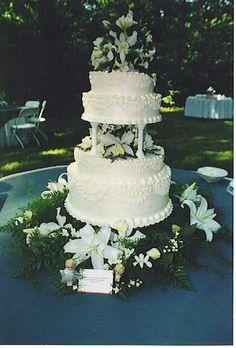 Creative Wedding Cakes, Elegant Wedding Cakes, Beautiful Wedding Cakes, Wedding Desserts, Wedding Decorations, Wedding Ideas, Fountain Wedding Cakes, Wedding Cake Fresh Flowers, Traditional Wedding Cakes