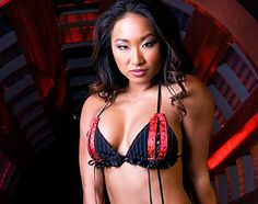 Gail Kim sexy bra pic from TNA Knockouts shoot.