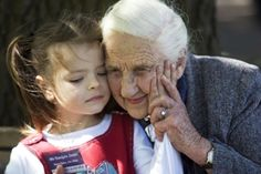 RIP Dame Elizabeth Murdoch. Amazing lady who had given so much in her 103 years.