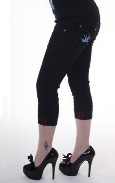 Black Rockabilly low rider Swallow Capri Pants
