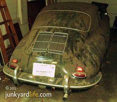 Google Image Result for http://1.bp.blogspot.com/-CaVVIDplieQ/T85VIMwxjpI/AAAAAAAACeI/Jau4_a0XQYU/s1600/1962-Porsche-356B-barnfind-rear.JPG