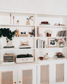 Living Room Shelves, Living Room Storage, Home Living Room, Living Room Decor, Bedroom Decor, Wall Decor, Living Room Inspiration, Home Decor Inspiration, Decor Ideas