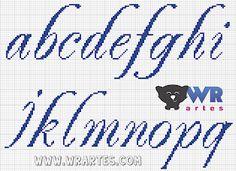Blog do Wagner Reis: Letras REQUINTADAS minúsculas para PONTO CRUZ Cross Stitching, Cross Stitch Embroidery, Cross Stitch Designs, Stitch Patterns, Broderie Bargello, Plastic Canvas Letters, Alphabet Charts, Cross Stitch Letters, Monogram Alphabet