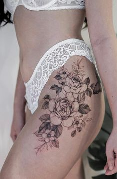 Feed Your Ink Addiction With 50 Of The Most Beautiful Rose Tattoo Designs For Men And Women - Best Picture For diy For Your Taste You are looking for something, and it is going to tell you ex - Flower Hip Tattoos, Hip Thigh Tattoos, Floral Thigh Tattoos, Tattoos For Women Flowers, Hip Tattoos Women, Sexy Tattoos, Cute Tattoos, Girl Tattoos, Flower Tattoo On Ribs