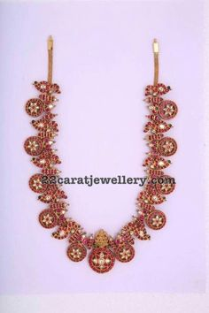 Ruby Peacok and Chakra Design Necklace Bridal Jewelry, Gold Jewelry, Jewelery, Jewelry Necklaces, Indian Jewellery Design, Latest Jewellery, Jewelry Design, Antique Necklace, Antique Jewelry