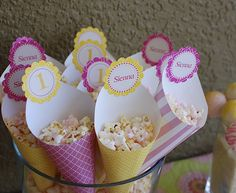 Sweet pink popcorn - cones made from scrapbook paper