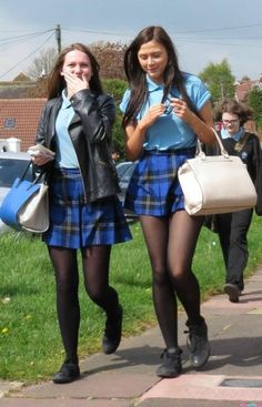 Best how to wear black tights girls Ideas sexy school girl Best how to wear black tights girls Ideas School Uniform Outfits, Cute School Uniforms, Girls Uniforms, Private School Uniforms, Pretty Blonde Girls, School Girl Dress, Actrices Sexy, Preteen Girls Fashion, Pantyhose Outfits
