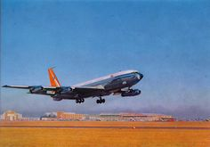 SAA Boeing 707 taking-off from Jan Smuts Airport Boeing 707, Boeing Aircraft, Douglas Dc 8, South African Air Force, Aircraft Images, Air Photo, Aircraft Painting, Civil Aviation, Paint Schemes