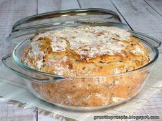 GRUNT TO PRZEPIS!: Chleb z garnka z ziarnami Bread Recipes, Vegan Recipes, Cooking Recipes, Good Food, Yummy Food, Muffin, Snacks Für Party, Bread And Pastries, Artisan Bread