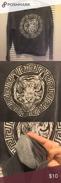 TIGER INSPIRED VERSACE SWEATSHIRT OFF SHOULDER SUPER SOFT VERSACE INSPIRED TIGER SWEATSHIRT / women's size xs / grey fleece inside / no tares / no stains / no rips / off the shoulder style  Item ships out the day after purchase   #tiger #versace #loungewear #winter #fall #fleece #karma #offshoulder #macys #nordstrom karma nation Sweaters Crew & Scoop Necks