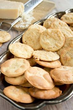 PALEO ALMOND CRACKERS