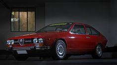 This Is An Alfa Romeo Fit For A Futuristic Fine Artist • Petrolicious