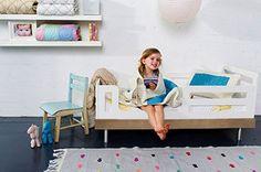 Oeuf Eco-friendly Convertible Crib
