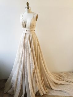 prom dresses, champagne deep v-neck party dresses, fancy deep v-neck prom dresses, champagne prom dresses with train