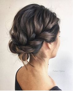 Gorgeous messy wedding updos 2