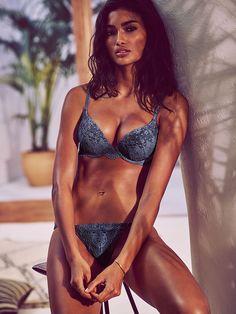https://www.victoriassecret.com/bras/shop-all-bras/lace-push-up-bra-very-sexy?ProductID=241694