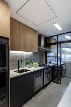 Kitchen Room Design, Kitchen Cabinet Design, Modern Kitchen Design, Home Decor Kitchen, Interior Design Kitchen, Home Kitchens, Very Small Kitchen Design, Modern Kitchen Cabinets, Small Modern Kitchens