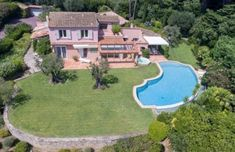 Villa plage des Salins Saint-Tropez for sale on ImmoWatcher Real Estate. Houses, apartments and villas for rent and sale in and near Saint-Tropez Sea State, Nikki Beach, Pearl Beach, Rural House, Front Yard Fence, Sitges, Saint Tropez, Pool Houses, Pent House