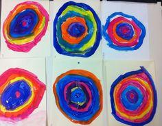 Cerchi di Kandinsky con tempere