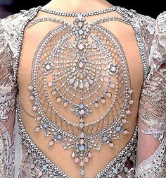 Michael Cinco from Paris Couture week Couture Details, Fashion Details, Fashion Design, Couture Week, Mode Inspiration, Fashion Inspiration, Design Inspiration, Mode Style, Couture Fashion