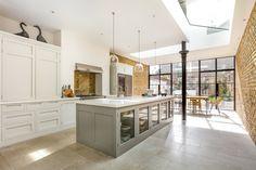 Wandsworth Common Westside, London Handleless Shaker Kitchen - Higham Furniture