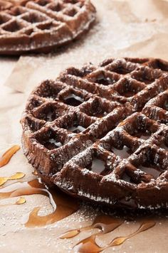 Dark Chocolate Waffles by I bake he shoots: a chocolate alternative for breakfast that's not overly sweet. Breakfast Waffles, Pancakes And Waffles, Breakfast Dishes, Breakfast Recipes, Dessert Recipes, Sweet Breakfast, Chocolate Alternatives, Waffle Iron Recipes, Chocolate Waffles