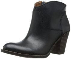 542289bbf61 Amazon.com  Lucky Women s Eller Boot  Clothing Cool Boots
