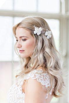 €69 Ivory Flower Bruidskapsel Haaraccessoire Haarsieraad Bruid Bruiloft Wedding Haarspeld Haarpin Ivory Parel Crystal Vintage
