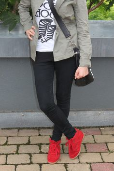 Love The Fabulous: Road Trip To Berlin Isabel Marant, Bobby, Berlin, Road Trip, Casual Outfits, Black Jeans, Sneakers, Pants, Shoes