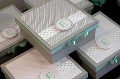 Caixa Batizado Cinza e Verde-água | Regalo Speciale | Elo7