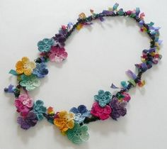 Frida Kahlo Floral Necklace Crochet Colorful Chain by twoknit, Mince alors. Cet article nest plus disponible. Larticle Frida Kahlo Floral Necklace Crochet Colorful Chain Cotton Ribbon de twoknit ne peut pas être consulté car il a expiré. Crochet Motifs, Thread Crochet, Love Crochet, Irish Crochet, Crochet Crafts, Crochet Flowers, Crochet Projects, Knit Crochet, Crochet Patterns
